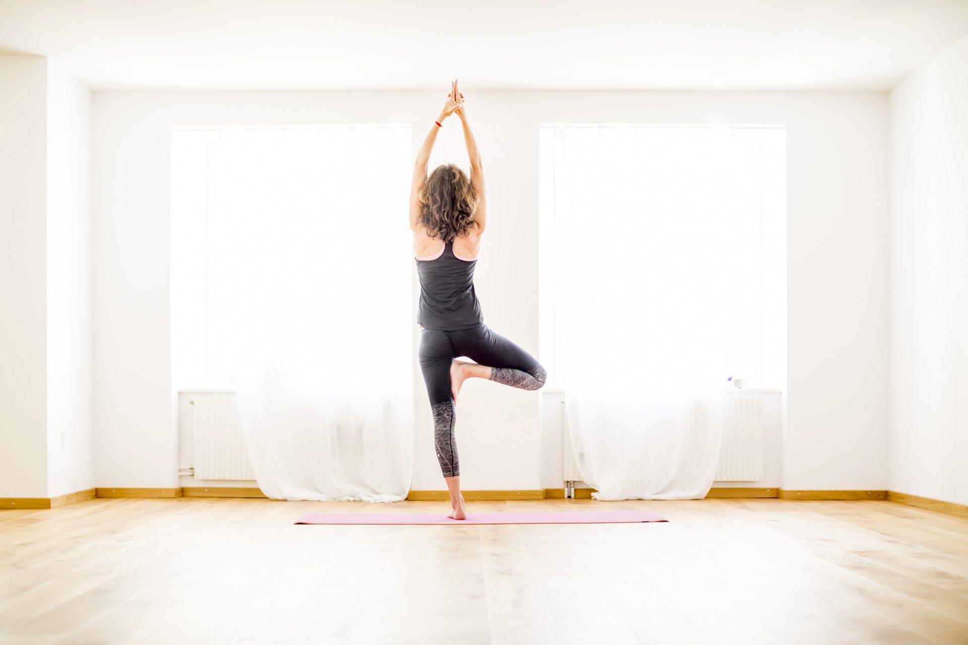 yoga-chur-reichsgasse-raum-fenster-lang5